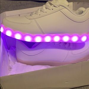 Rave sneakers